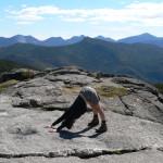 6 поз йоги для хорошего настроения